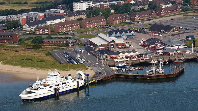 Sylt Express at the landing pier